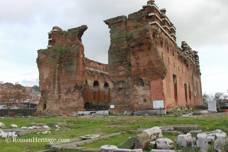 Hadrian-s Red Basilica roja de Adriano - Pergamum Pergamo ...